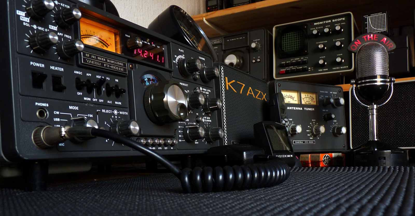 yeasu rig with K7AZX logo